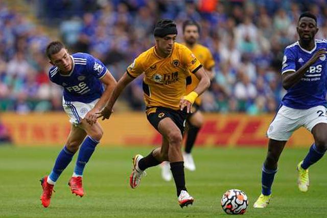 Los Wolves de Jiménez se enfrentan al Tottenham que viene de ganarle al Manchester City