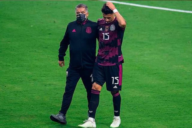 Se retrasa el debut de Héctor Moreno con Rayados