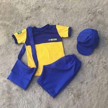 Listo para laburar otro día con mi nuevo uniforme de la Juventus.