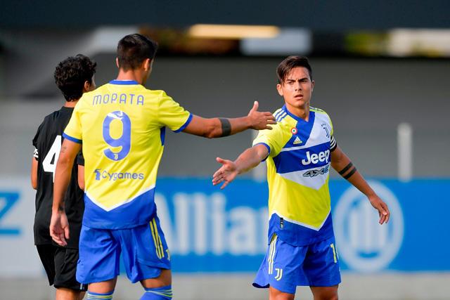 La Juventus estrenó su tercer kit en amistoso previo al inicio de la Serie A
