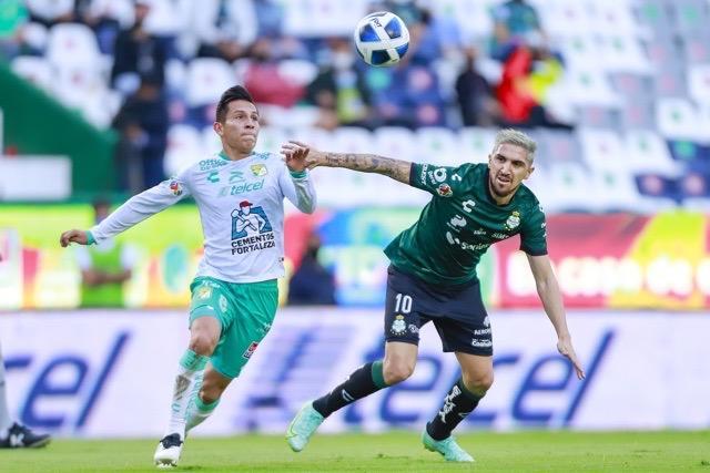 León y Santos empatan a 1