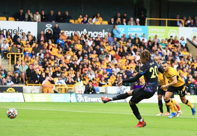 Con un gol de penal, Tottenham ganó por la mínima a los Wolves en el Molineux