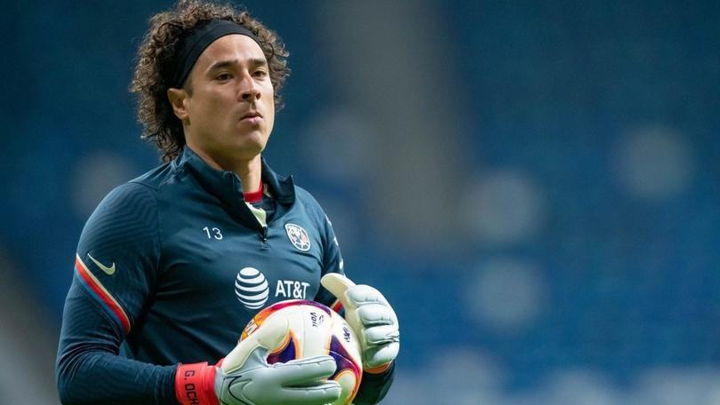 Memo Ochoa con la mira en la MLS