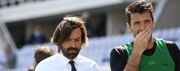 Pirlo y Buffon viejos amigos.