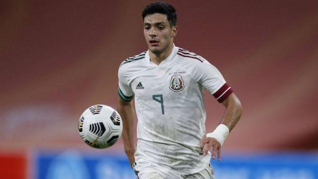 Raúl Jiménez no ha jugado con la Selección Mexicana desde noviembre de 2020
