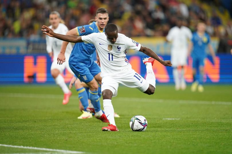 Empate a un gol entre Francia y Ucrania