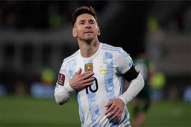 Lionel Messi alcanza a Pelé como máximo anotador de selecciones de Sudamérica