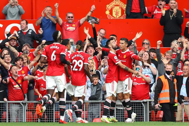 Manchester United vence 4-1 a Newcastle con goles de Cristiano, Bruno y Lingard