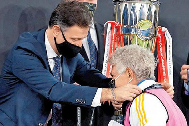 Ricardo Ferretti le dio su primera Concachampions a Tigres