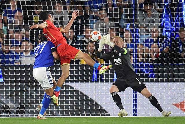 Empate entre Leicester y Napoli