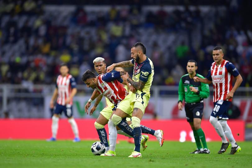 Buen partido entre América y Chivas