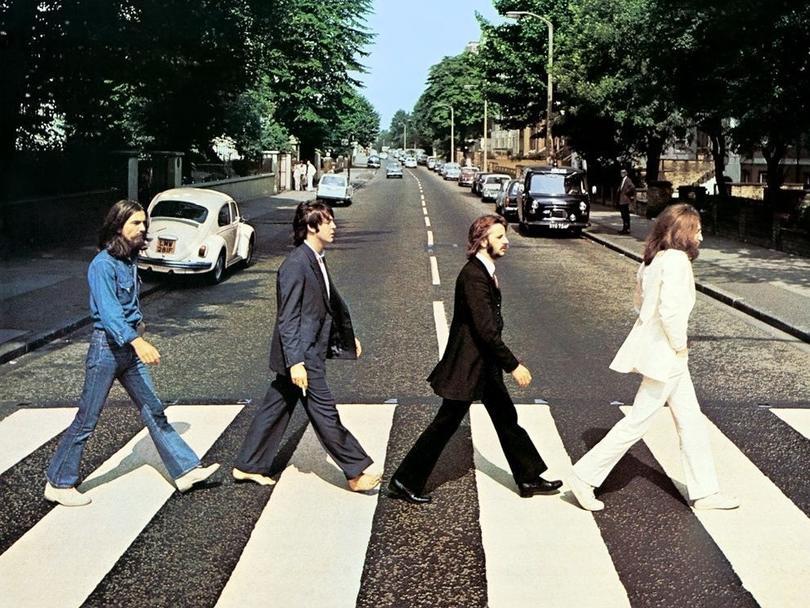 The Beatles en una de sus icónicas fotografías