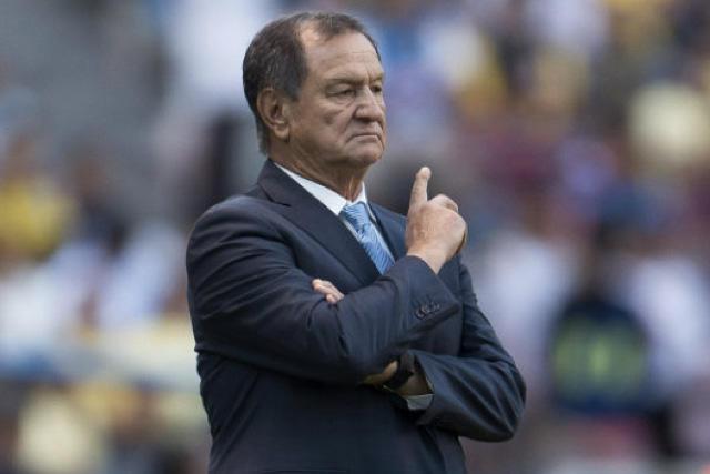 Enrique Meza fue sobornado para aceptar a un jugador en Cruz Azul