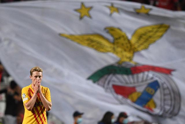 Barcelona cae 3-0 ante Benfica; segunda goleada seguida que recibe en Champions