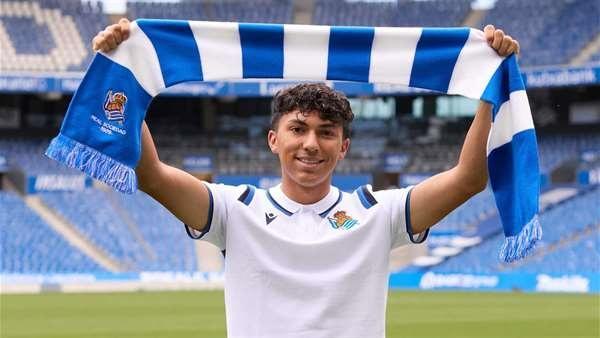 Jonathan Gómez en su nuevo club