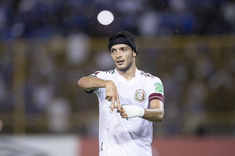 Jiménez llegó a 27 goles con México
