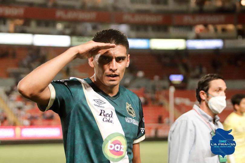 Martínez dio el triunfo a la Franja