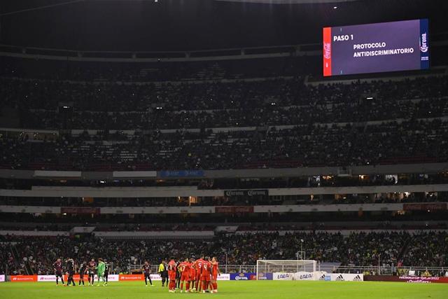 México podría recibir nueva sanción por el grito homofóbico en el juego ante Canadá