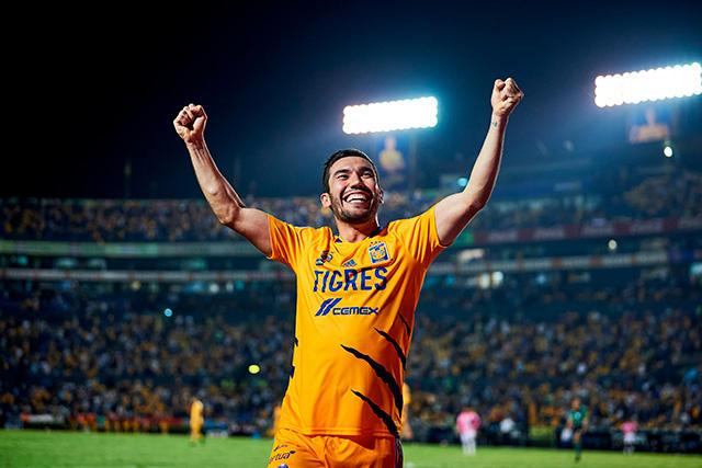 Vigón celebra el 3-0 ante Pachuca