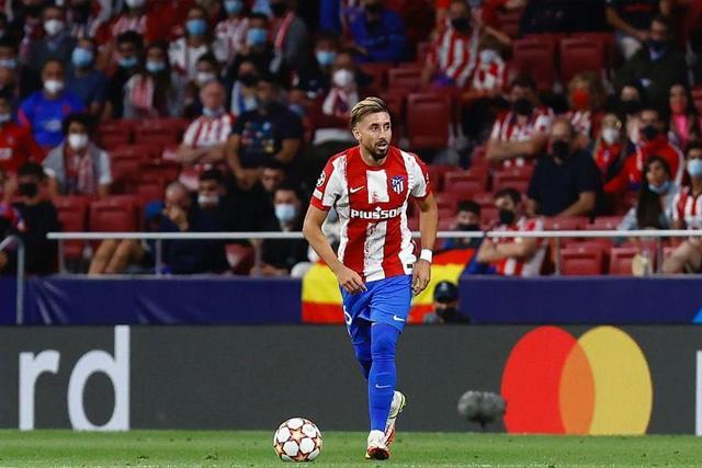 Héctor Herrera bromeó con el próximo partido ante Guardado y Lainez