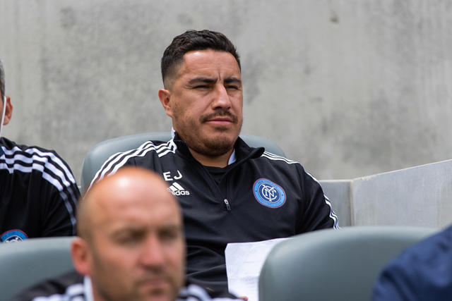 Efraín Juárez podría dirigir en la MLS